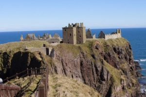 ruins of donnottar castle feature
