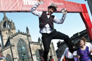 Edinburgh Festival Fringe High Street © Janeanne Gilchrist Unit Photography