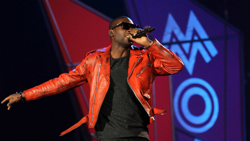 British rap star Tinie Tempah will perform at the 2013 MOBO Awards in Glasgow