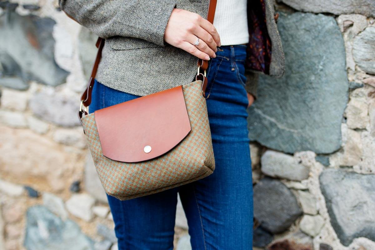 Harris tweed handbag by textile designer Clare O'Neill © Mairi Helena Photography & Clare O'Neill Textiles