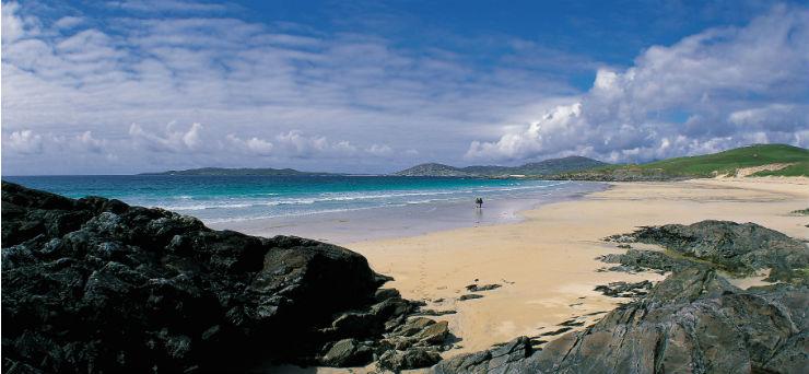 The sandy beach at Traigh Iar beach