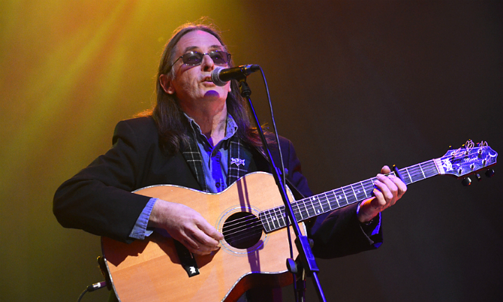 Scottish singer-songwriter Dougie MacLean © James Carney