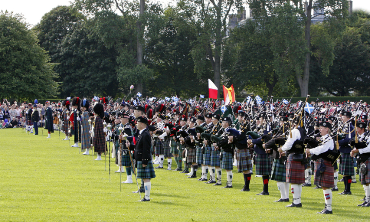 Clans and pipers will gather for a grand parade at Stirling's Pipefest in June