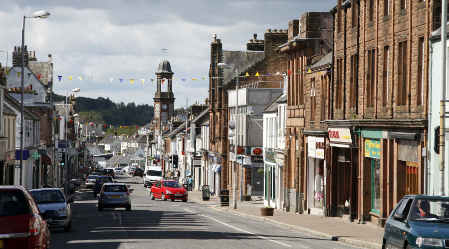Sample many foodie delights in the shops and cafés on King Street in Castle Douglas