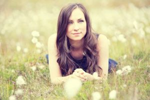 Julie Fowlis - credit; Hebtember 2014