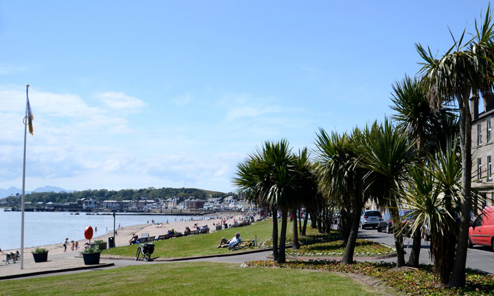 The beach at Millport