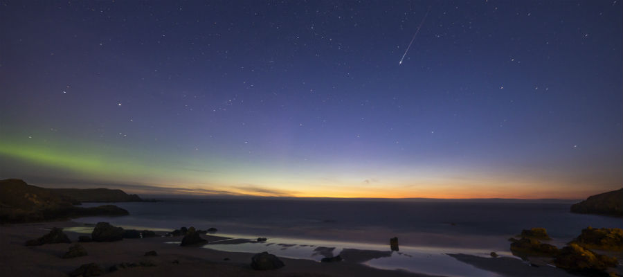 Northern Lights and Lyrid meteor over Durness, January 2013 © Mo Thomson