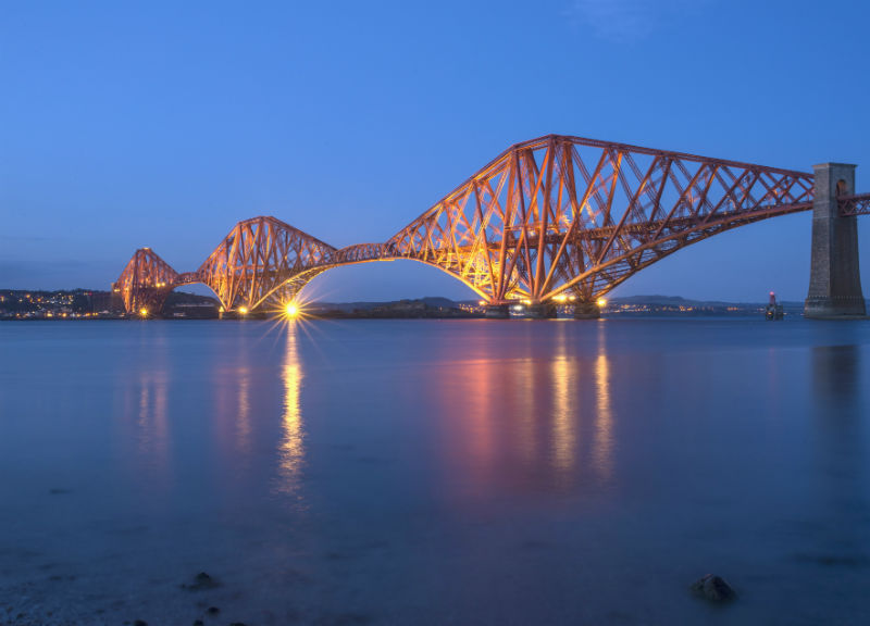 Forth Bridge 800 x 576