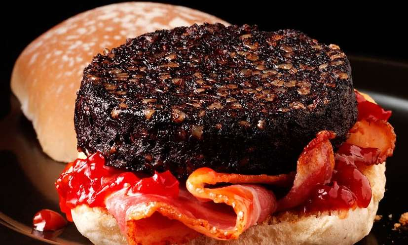Bacon and black pudding roll © Macsween
