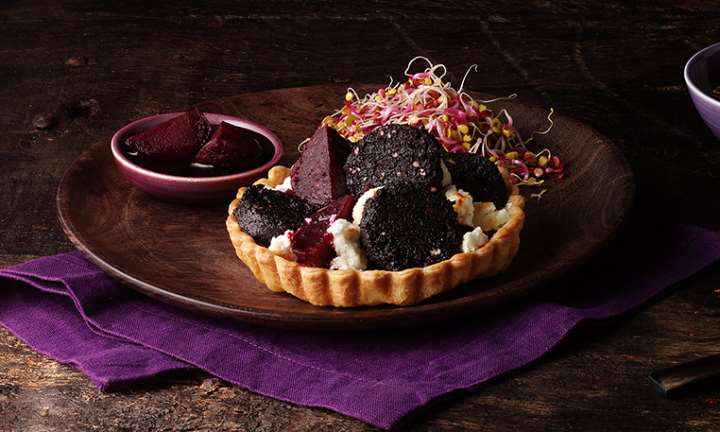 Chocolate and Chilli black pudding, beetroot tart © Macsween Foods