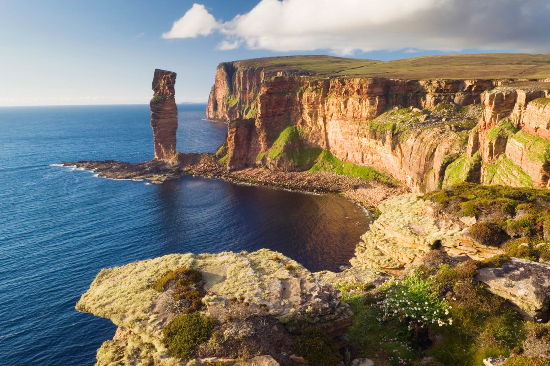 The Old Man of Hoy, Hoy, Orkney © Iain Sarjeant