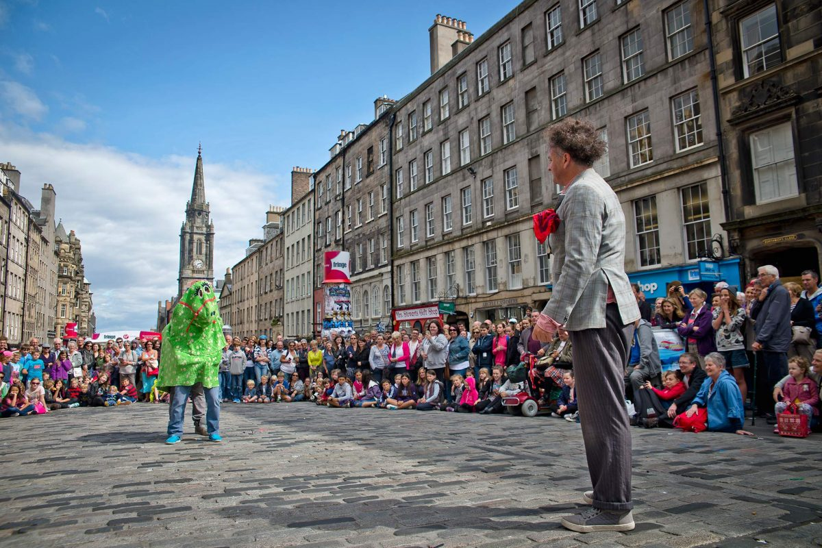 Street performers on the Royal Mile during the Edinburgh Festivals