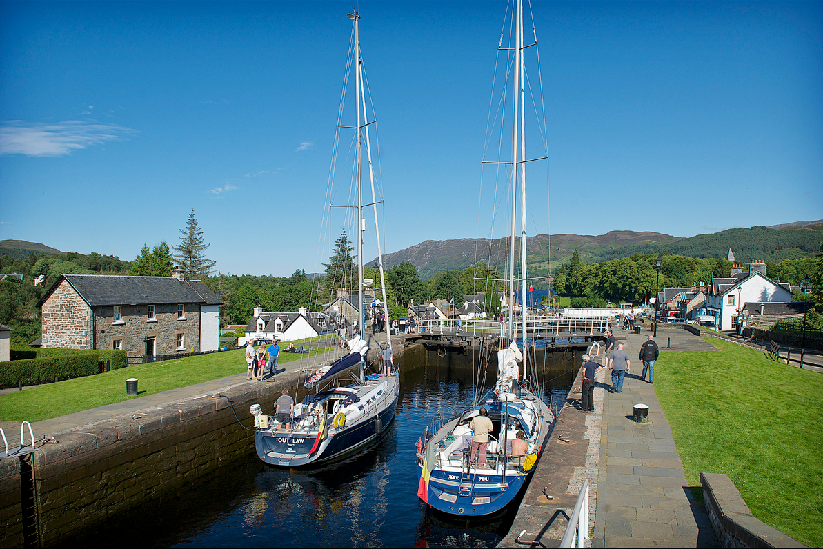 Boats-descending-Fort-Augustus-Locks-into-Loch-Ness-©-Peter-Sandground2