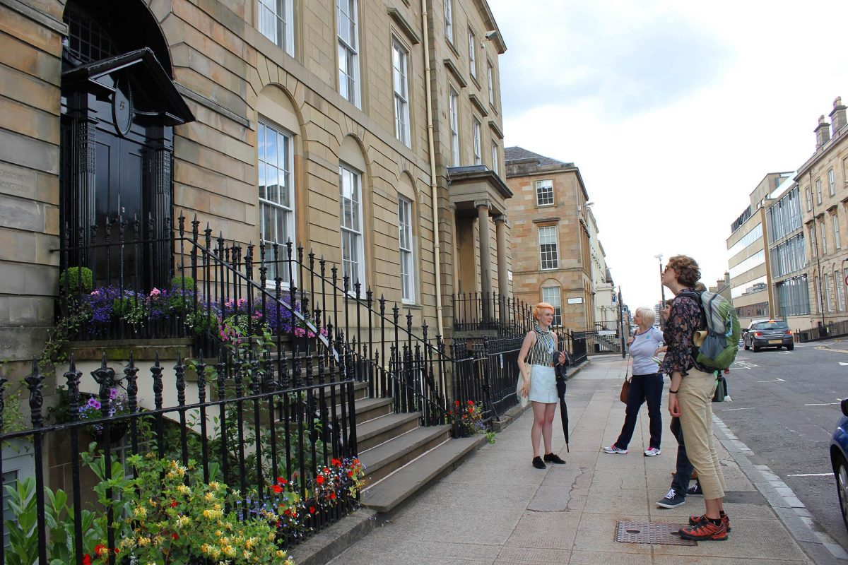 GSA-walking-tours-mackintoshs-glasgow-lady-artists-society-door