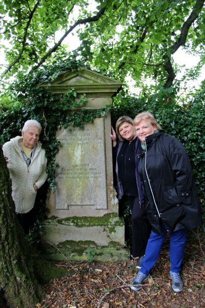 Betty, Renae and Becky at Kirkhope Cemetery