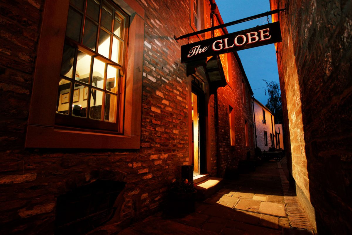 The entrance to the Globe Inn, Dumfries