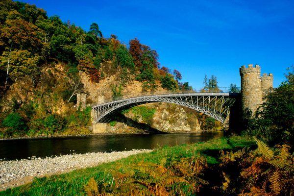 THE TELFORD BRIDGE (BUILT BY THOMAS TELFORD IN 1815) CROSSING THE RIVER SPEY NEAR CRAIGELLACHIE, MORAY. PIC: VisitScotland