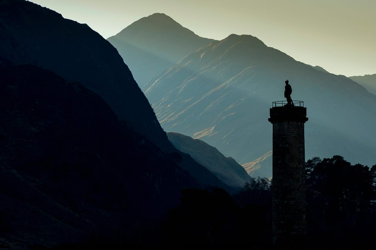 The Glenfinnan Monument commemorating the 1745 uprising when the Jacobites raised the standard of Bonnie Prince Charlie here at the head of Loch Sheil