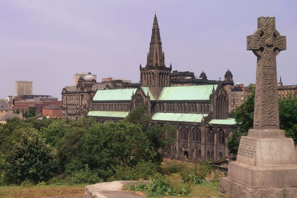 LOOKING ACROSS TO THE MEDIEVAL CATHEDRAL (THE ONLY INTACT CATHEDRAL OF THE REFORMATION ON THE SCOTTISH MAINLAND), FROM THE NECROPOLIS- AN EXTENSIVE CEMETERY SPRAWLING OVER A HILLSIDE EAST OF GLASGOW CITY CENTRE