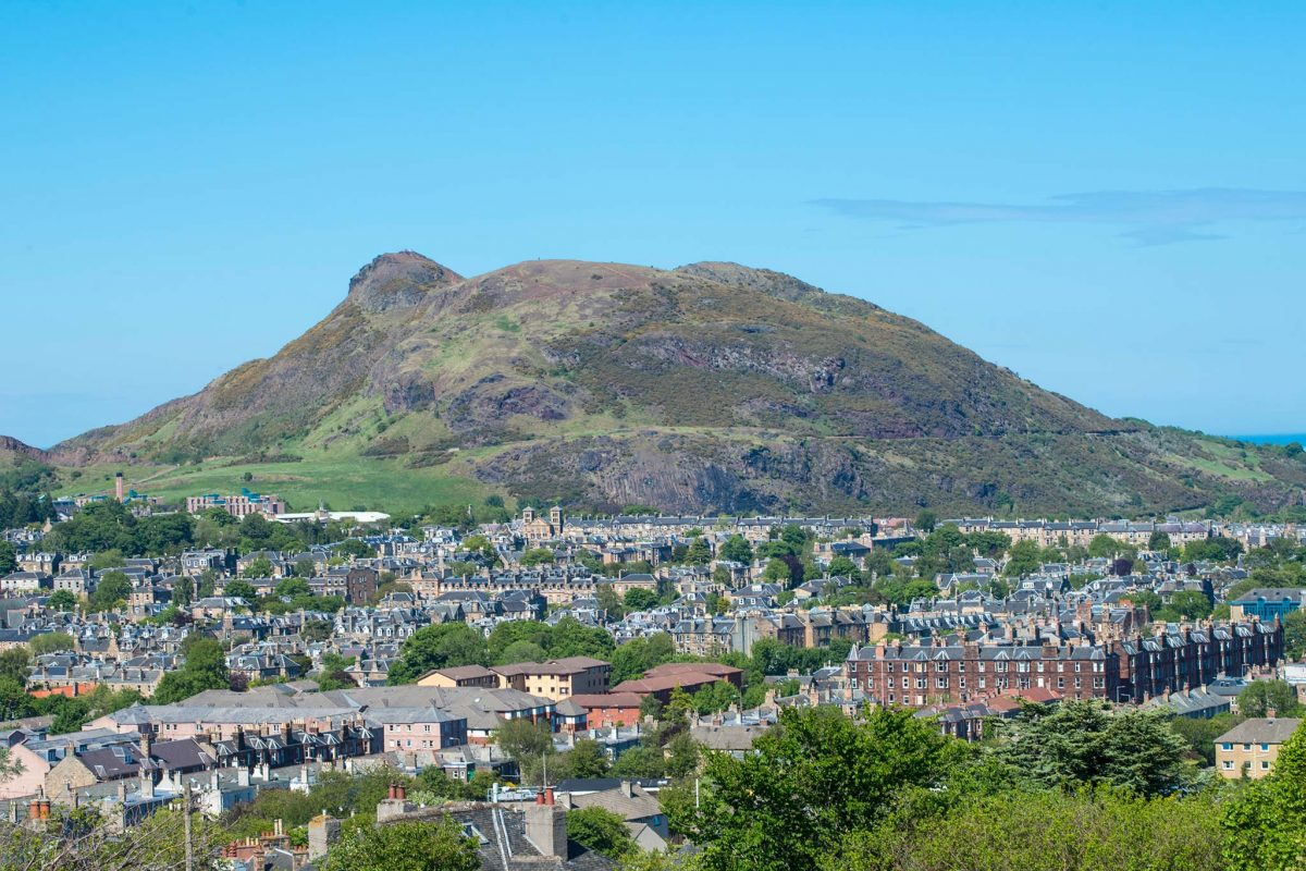 Arthur's Seat and the city of Edinburgh seen from Blackford Hill