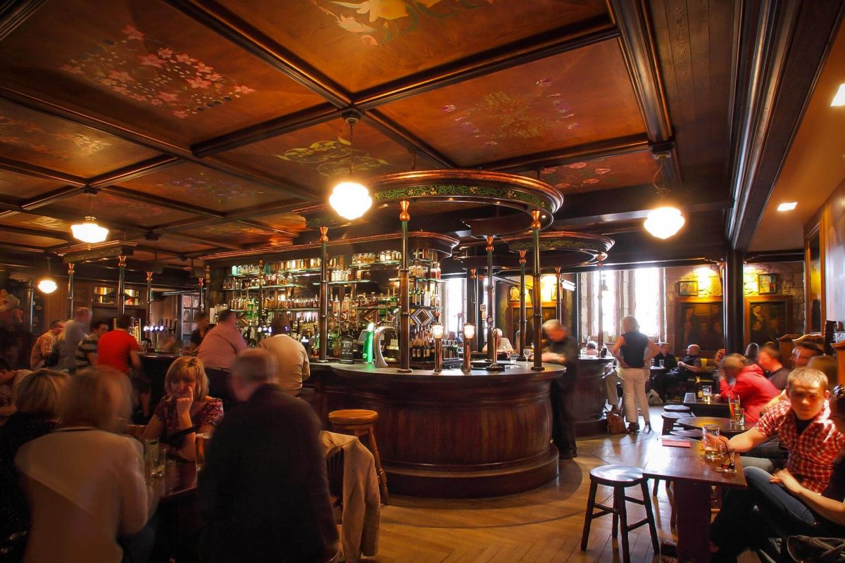 The interior of Òran Mór, Glasgow © Òran Mór