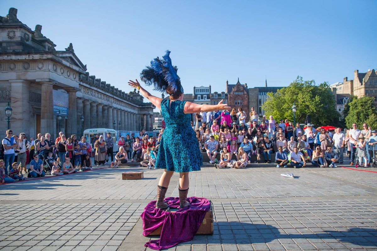 Performer on The Mound at the Edinburgh Fringe Festival