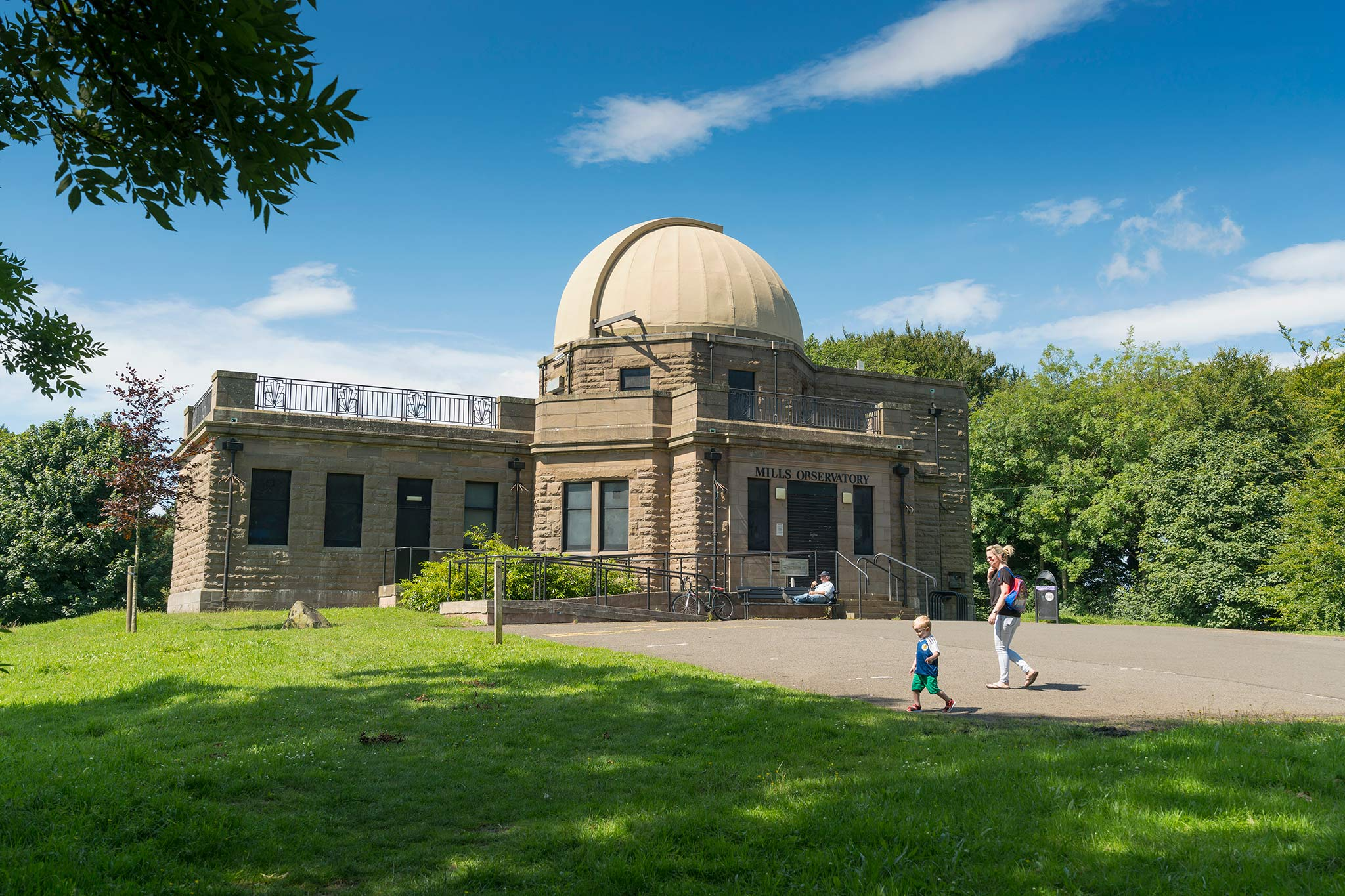 Mills Observatory on Balgay Hill