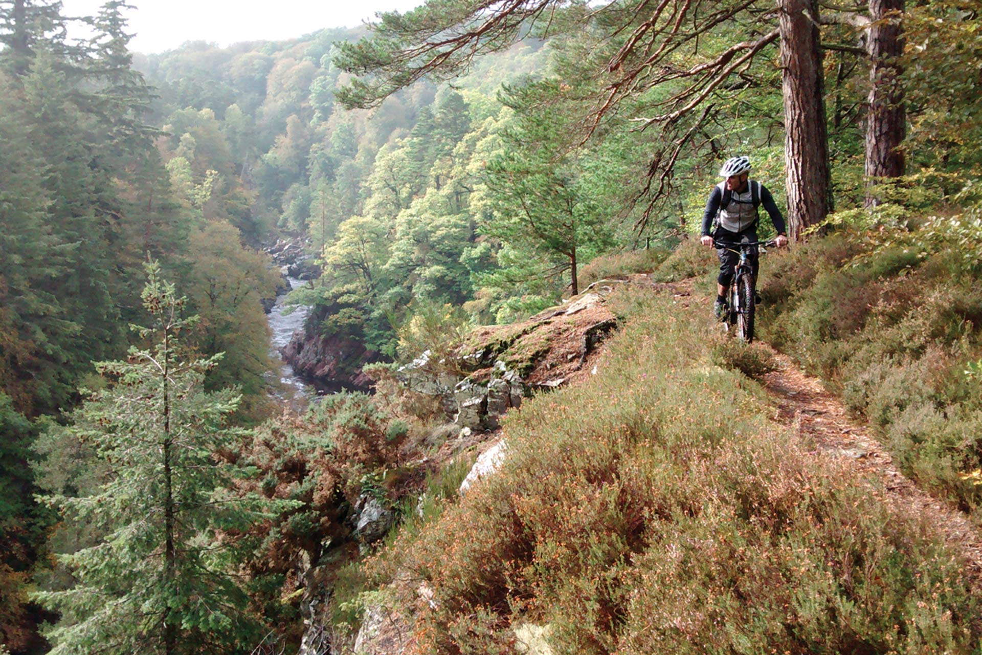 Mountain Biking in the Findhorn valley © Moray Speyside Tourism