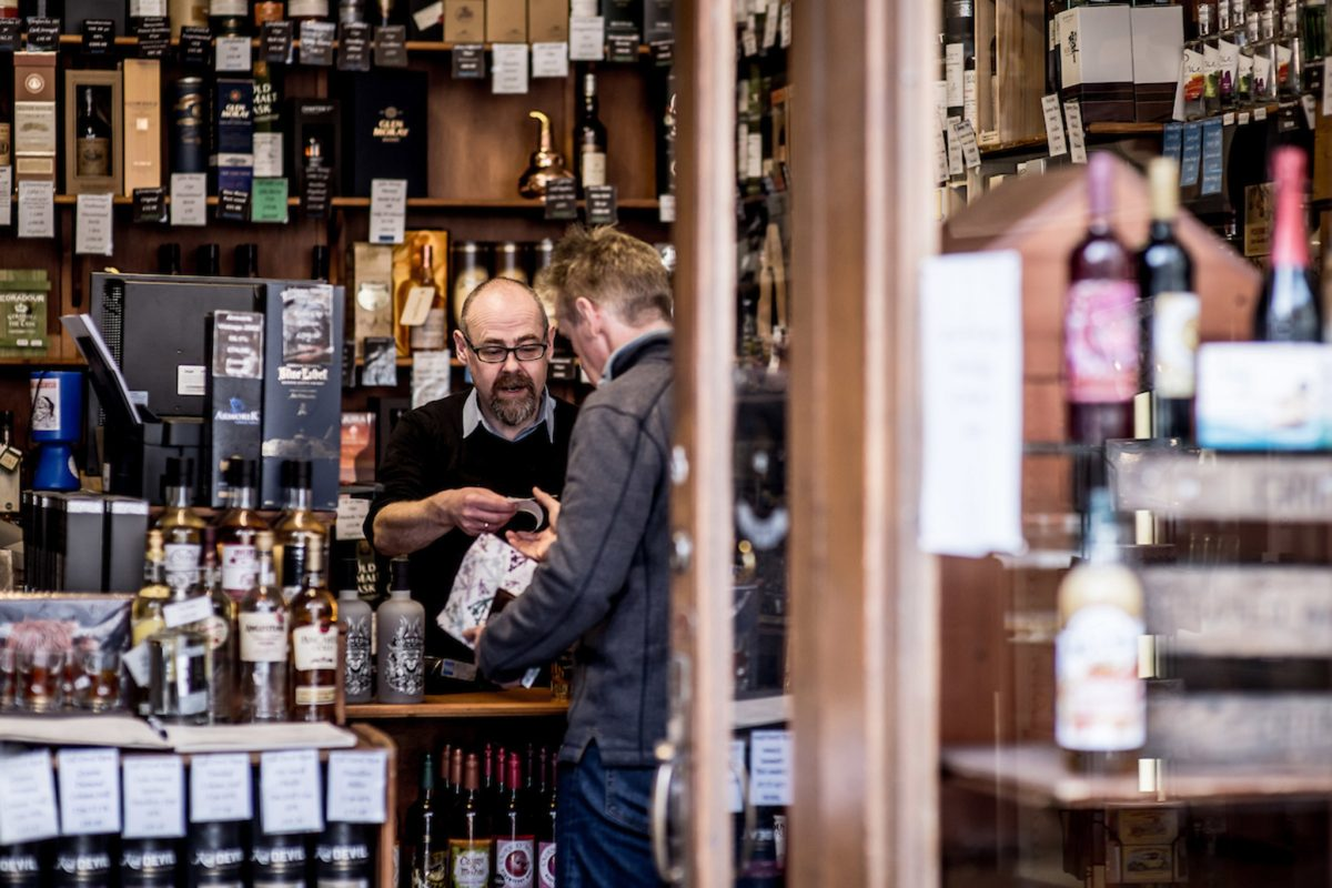 JL Gill, whisky shop, in Crieff