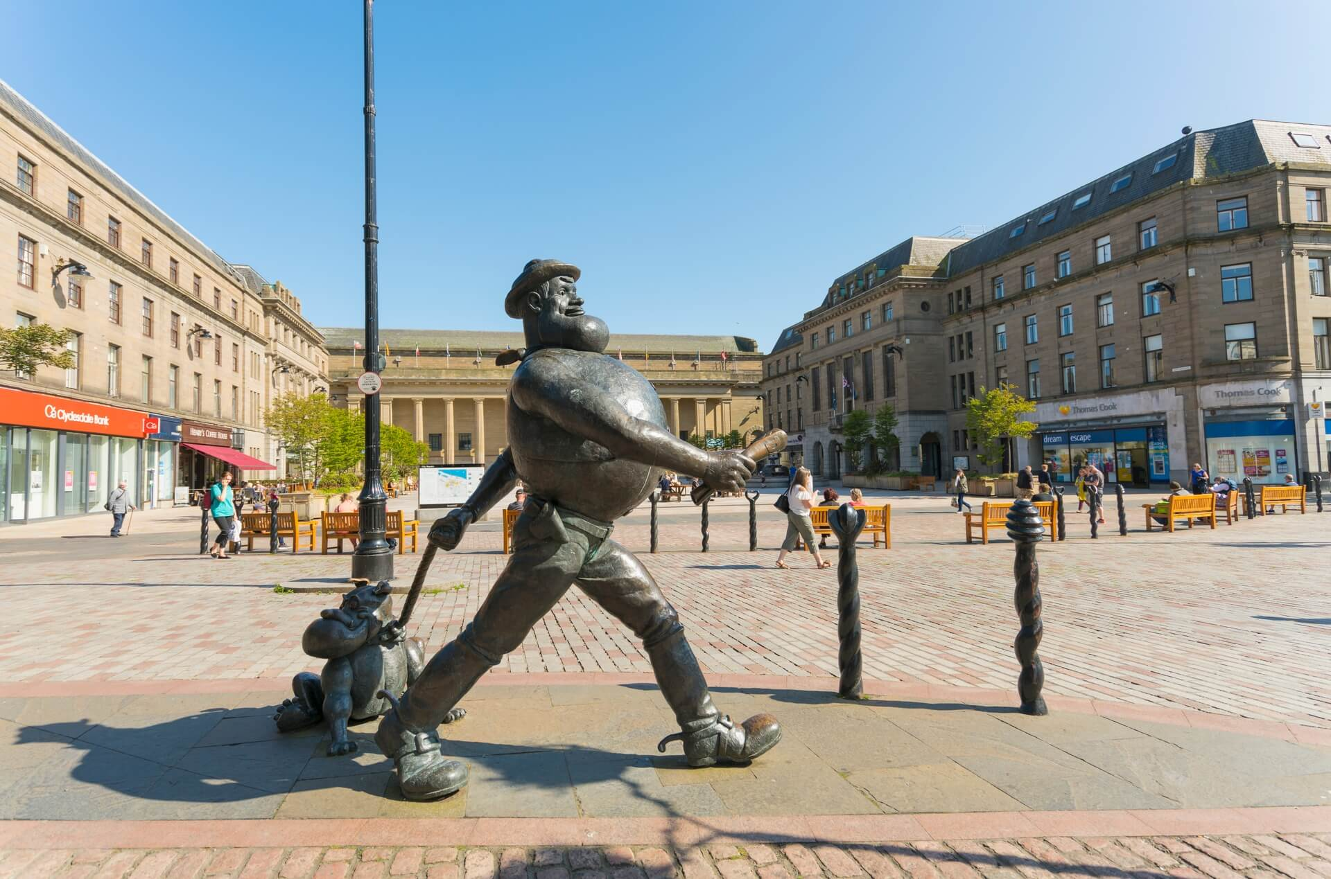 Desperate Dan Statue By Dundee City Square And The Caird Hall