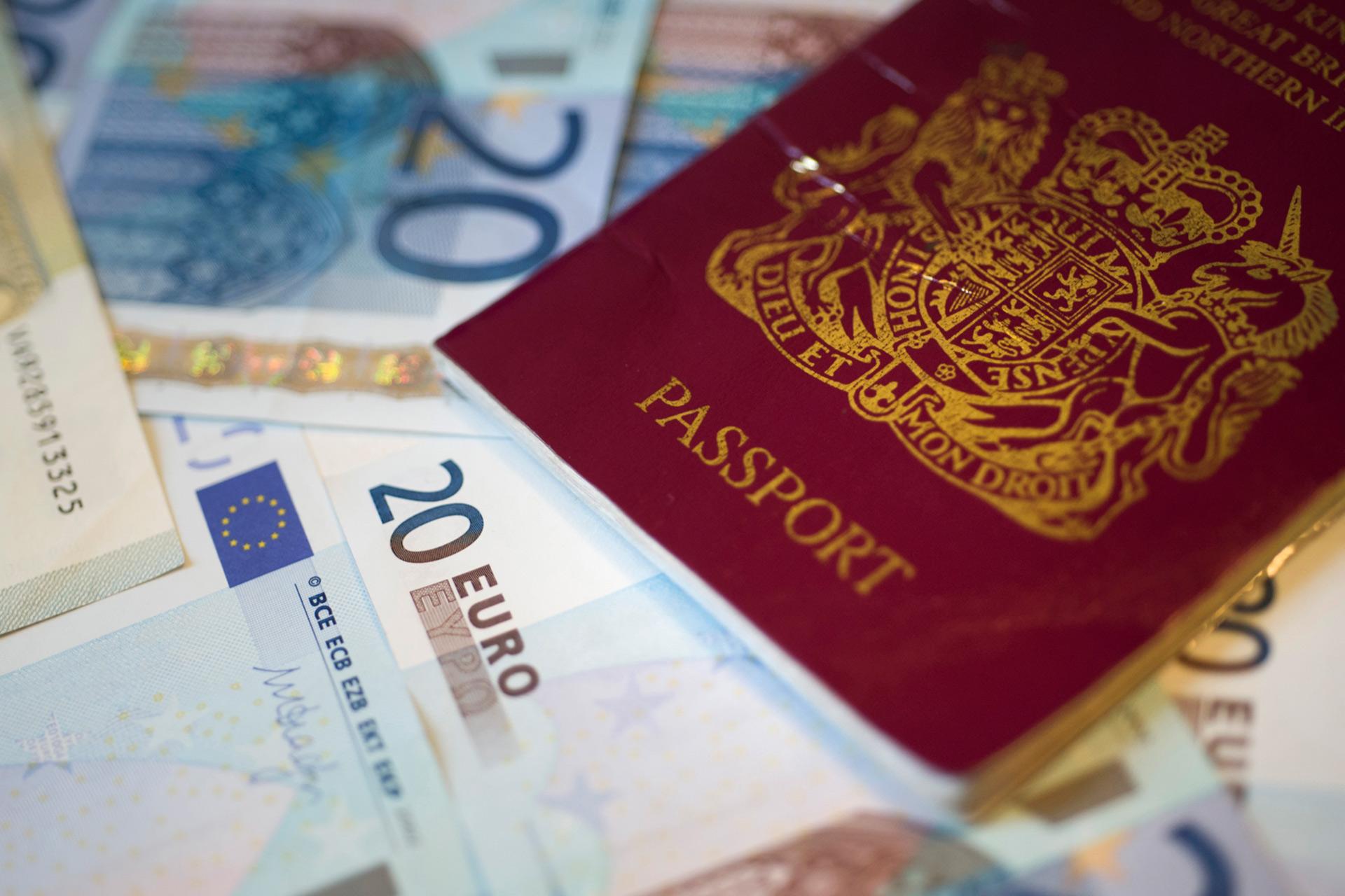 Passports visas customs visitscotland ccuart Choice Image