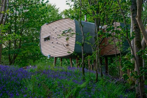 Brockloch Treehouse, contemporary glamping accommodation in Dumfries & Galloway © Julie Nicolson at Brockloch Farm
