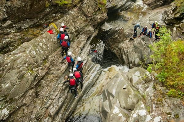 Canyoning in Perthshire as part of the 2015 Timex Expedition © Timex/AndrewMcCandlish
