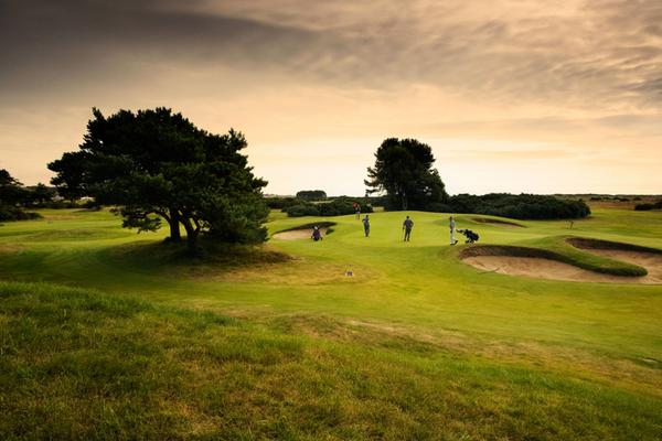 Atardecer en Carnoustie Golf Links, Angus
