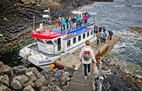 Boat tour to the island of Staffa from Ffionport on the Isle of Mull