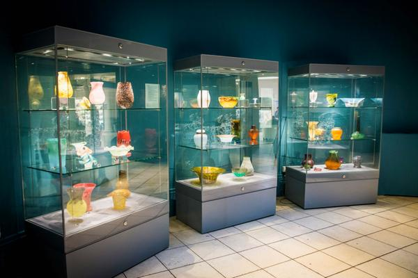 Objects on display in glass cabinets at Perth Museum and Art Gallery