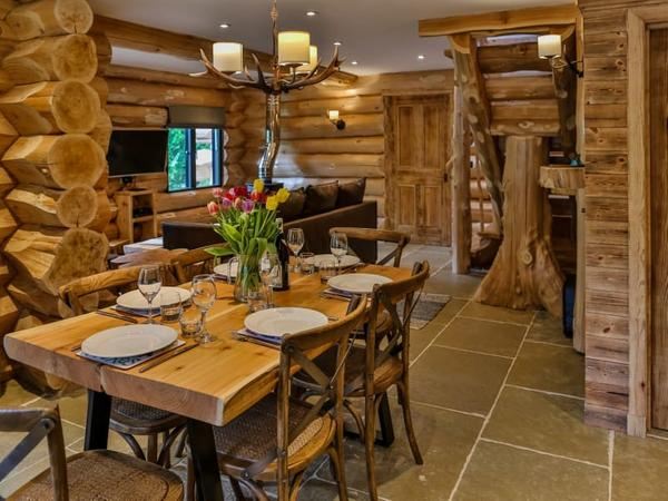 Pine Bank Chalets, Aviemore, Cairngorms National Park