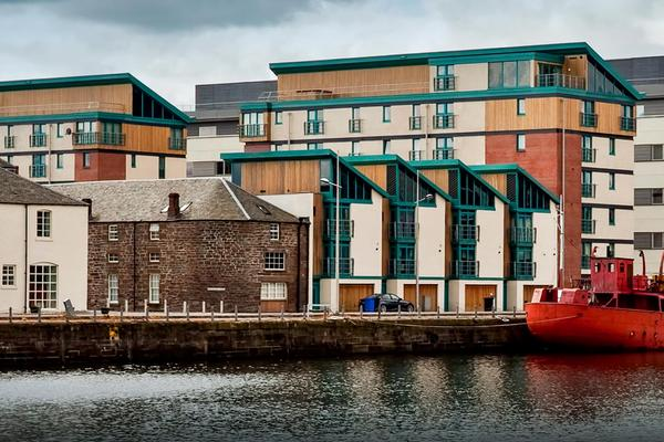 Flats and buildings at the dock in Dundee, near the Apex Hotel at City Quay