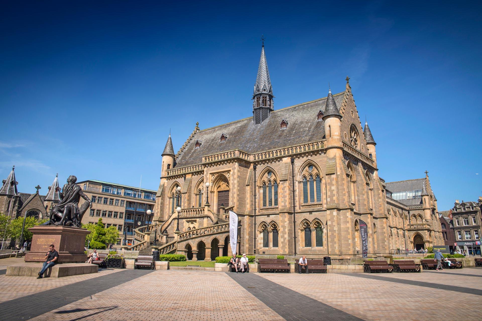 Dundee Holidays Breaks Tourist Information Visitscotland