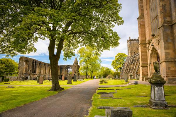 Dunfermline Abbey, a stop on the Fife Pilgrim Way