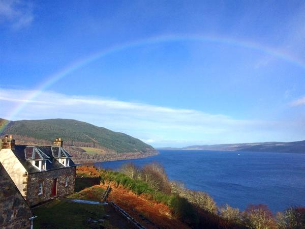 Strone Castle Cottage, Drumnadrochit
