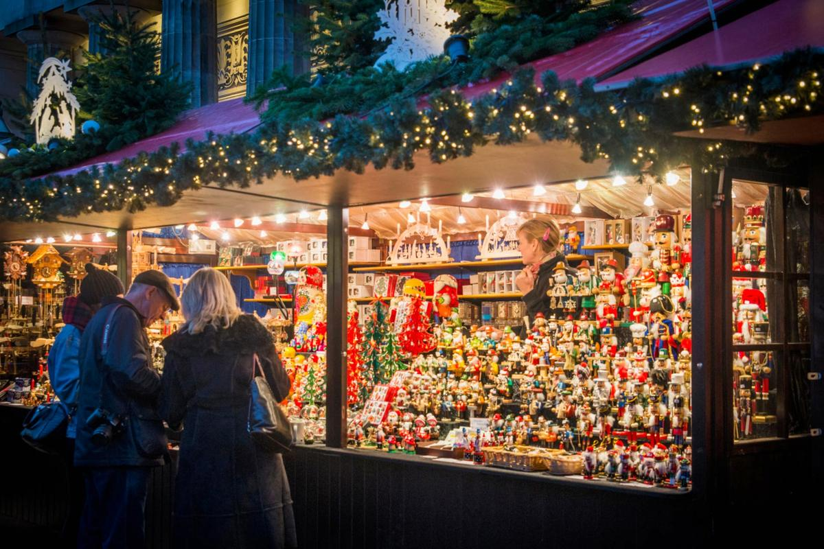 Christmas In Edinburgh 2020 Edinburgh's Christmas   Markets & Events | VisitScotland
