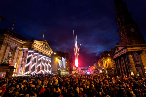 Light Night- the opening ceremony of Edinburgh's Christmas