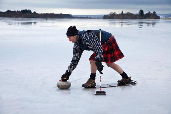 Curling auf dem Lake of Menteith nahe Aberfoyle, Stirling