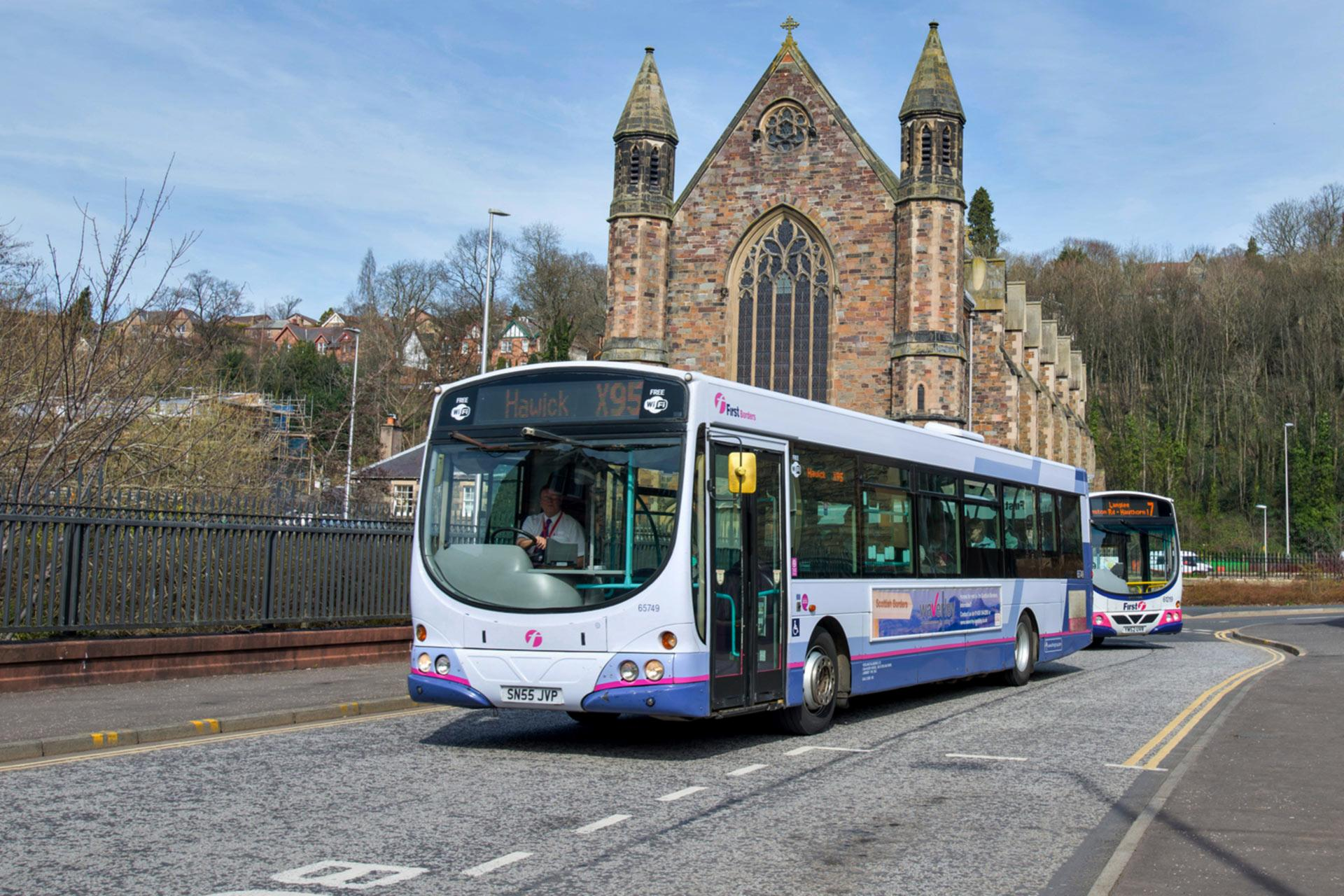 Travelling Around Scotland By Bus Amp Coach Visitscotland