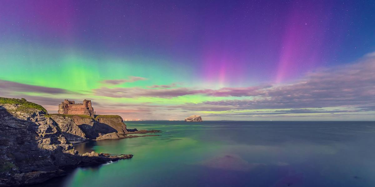 The Aurora Borealis or Northern Lights over Tantallon Castle © Sarah White