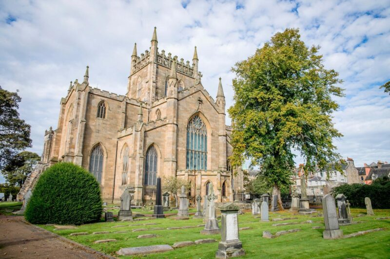 Dunfermline Abbey view 3