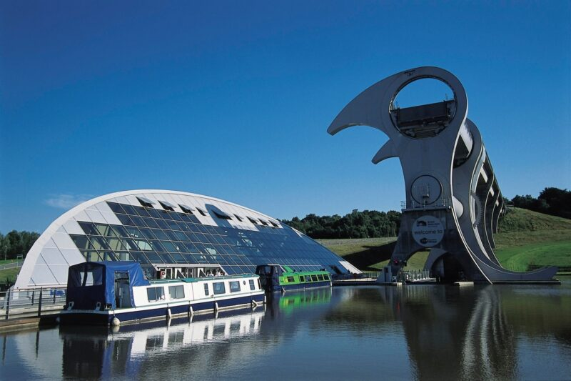 The Falkirk Wheel The Worlds Only Rotating Boat Lift