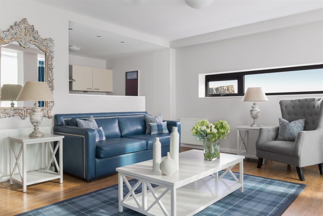 Princes Street Suites, Edinburgh - Serviced Apartment ...
