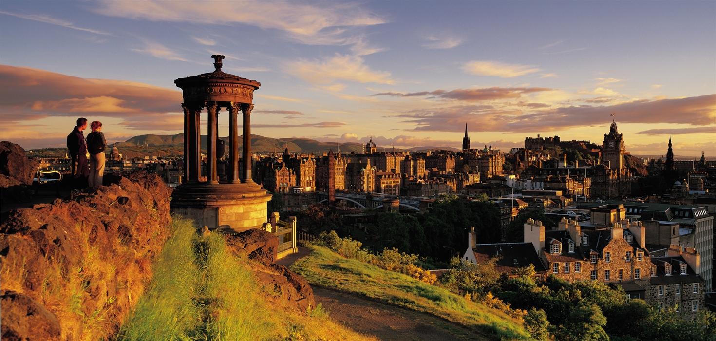 Nelson monument visitscotland for Travel to edinburgh scotland